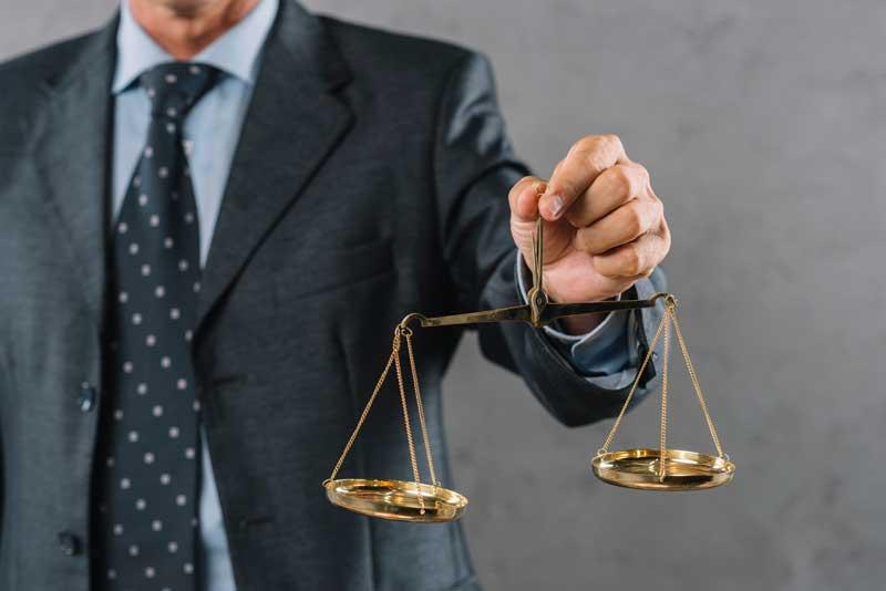 איך בוחרים עורך דין בישראל שלנו