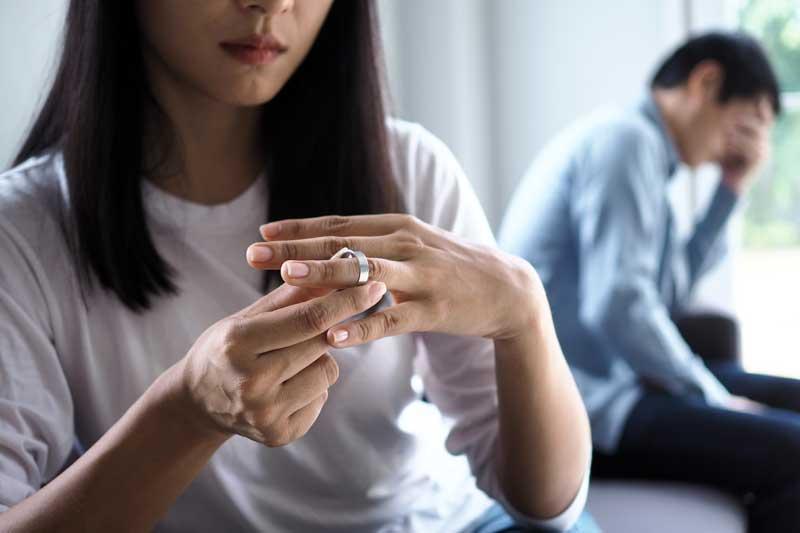 מדוע בני זוג רבים מגיעים למסקנה שהם רוצים להתגרש?
